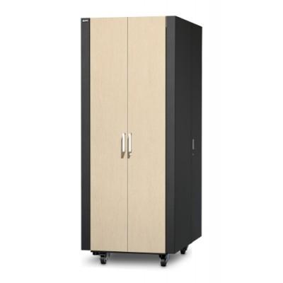 Защищенный звукоизолированный шкаф NetShelter CX 38U («компактный серверный зал»), международная версия